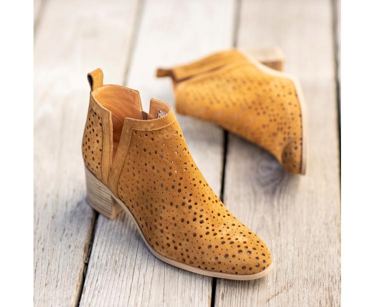 PE // Boots Milena Camel