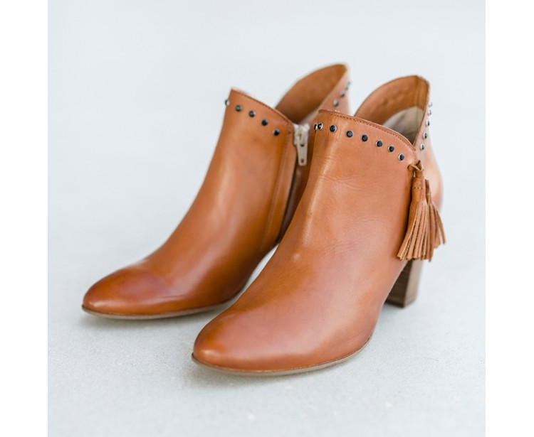 PE // Boots Vany Cuioi