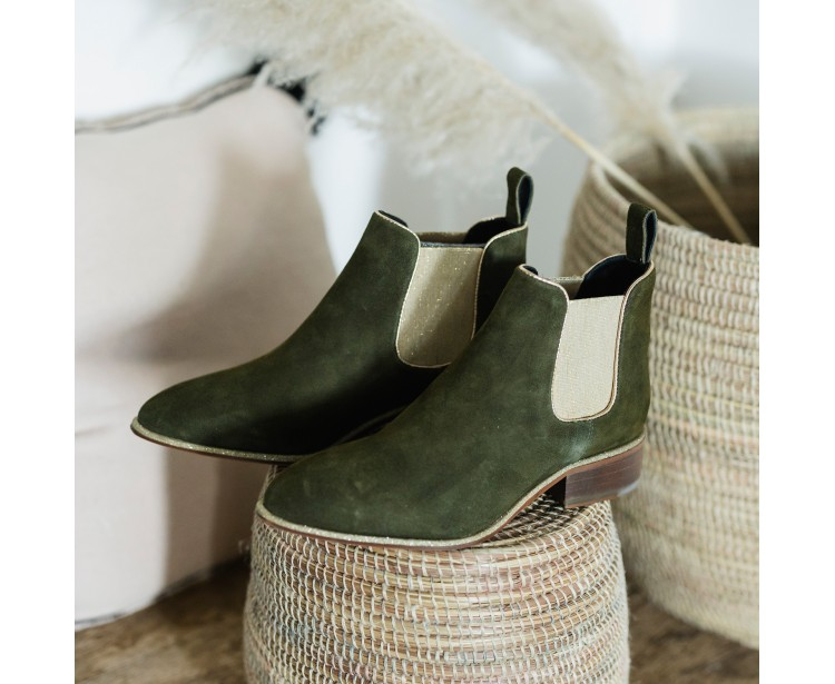 Boots Atia Nubuck Kaki