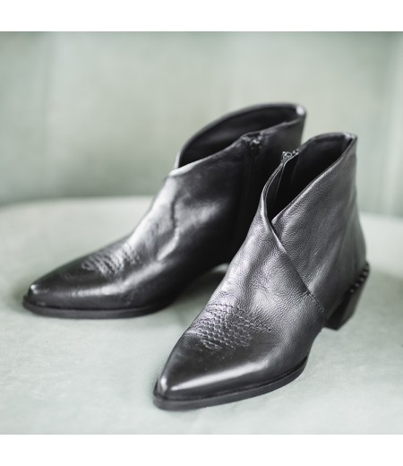 AH // Boots Xara Noires