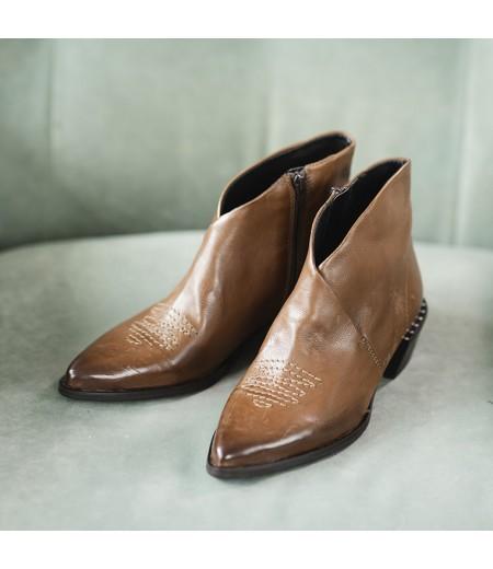 AH // Boots Xara Cuioi