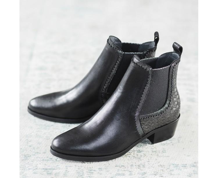 Boots Rose Noires