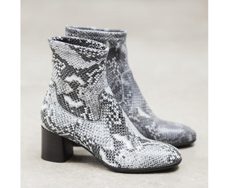 Boots Kezia Python