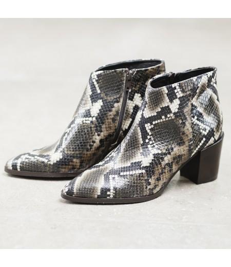 AH // Boots Lou Python
